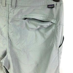 Patagonia Womens Capri Size 6 Grey Pants